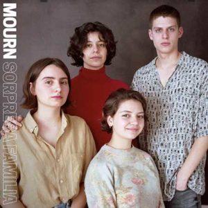 "Mourn: ""Sorpresa familia"" (2018)"