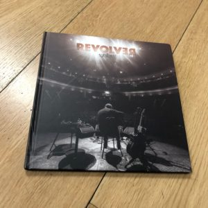 """Revólver: """"Básico IV"""" (2019)"""