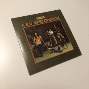 "REO Speedwagon: ""Ridin' the storm out"" (1974)"