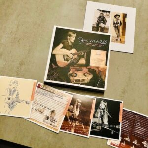 """Joni Mitchell: """"Archives – Volume 1. The early years (1963-1967)"""" (2020)"""